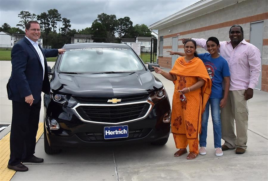 JMB's Bhaskaran Given SUV for Being Teacher of the Year